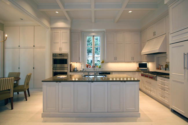 Superb Transitional Style Kitchen